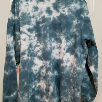 Black and White Long Sleeve Tie-Dye T-Shirt