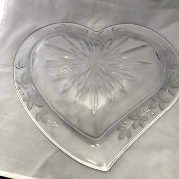 #0091 Heart shaped crystal bowl