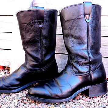 Vintage cowboy boots  mens 8.5 / Texas ropers / black leather boots / riding / motorcycle / Texas All American made in USA