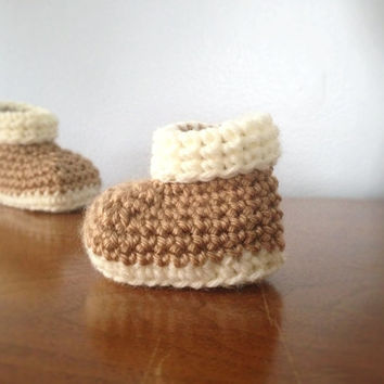 Crochet Newborn Baby Booties - Unisex Baby Shoes - Brown Booties - Crochet Gender Neutral Booties - Crochet Baby Boots - Crib Shoes