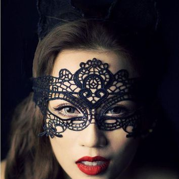 Exotic sexy lingerie hollow mask Fun play accessories sexy costume Halloween Party masks Sexy black lace goggles nightclub queen