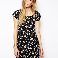 Band of Gypsies Smock Dress in Daisy Print with Pockets