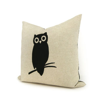 Owl pillow  Decorative pillow  Throw pillow by ClassicByNature