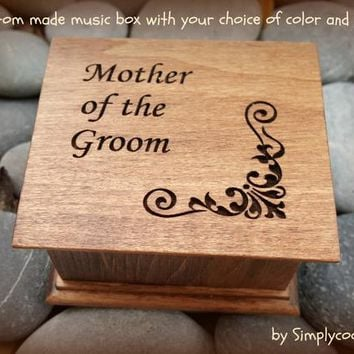 music box, wedding music box, wedding favor, mother of groom gift, mother of the groom gift, personalized gift, gift for mom