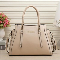 MICHAEL KORS MK Women Shopping Leather Handbag Shoulder Bag Apricot I-MYJSY-BB
