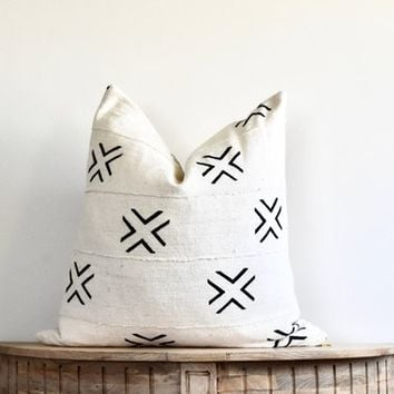"Mudcloth Pillow Cover ""Ellery"""