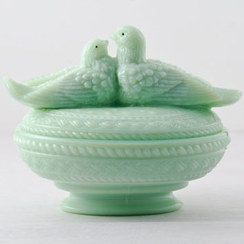 Westmoreland Lovebirds Covered Dish in Jadeite, Rare