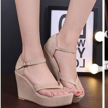 Comfortable Wedge Platform Sandals