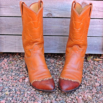 Vintage 70s cowboy boots Mens 8 B /  Womens 9.5 / Tony Lama black label USA /  caramel brown leather / snakeskin