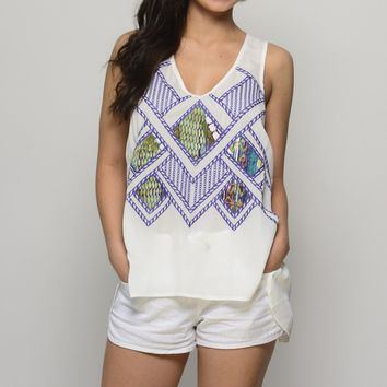 Lotus Ivory Purple Top