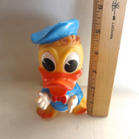 Vintage Donald Duck Squeeze Toy 5.5 Inches Tall X 3 And 1/4 Inches Wide Some Wear 1960s
