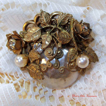 Vintage Miriam Haskell Brooch  Signed by EllensAtticTreasures