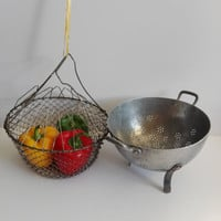 Set of French basket wire and a french colander on aluminum