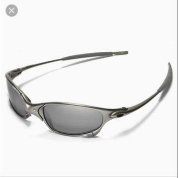 oakley glass sunglasses for man and women