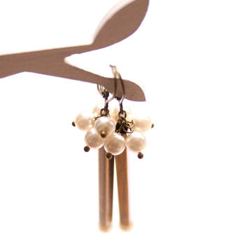 Geometrical Earrings with White Glass Pearls - Tubes