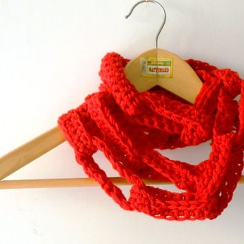 red chunky chain scarf, long crochet scarf, wool necklace