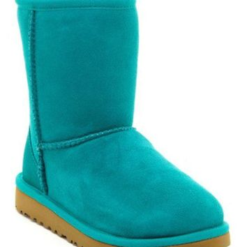DCCKHB3 UGG Australia | Classic Genuine Sheepskin Lined Boot (Little Kid & Big Kid)