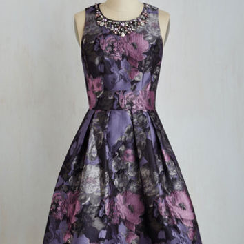 Long Sleeveless Fit & Flare Fleur Majesty Dress