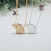 "Baby ""elephant"" pendant necklace silver/ gold"