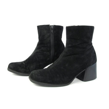 90s Black Suede Ankle Boots Chunky Heel Boots Black Leather Ankle Boots Minimal Leather Boots Goth Ankle Booties High Heel Boots Size 7.5