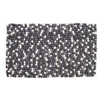 Amala - Handmade Wool Felt Pebble Rug - Grey | GFURN
