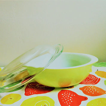 Lime Green Pyrex 024 Casserole, Pyrex 2 Quart Lime Green Covered Casserole, 1950's Round Covered Dish