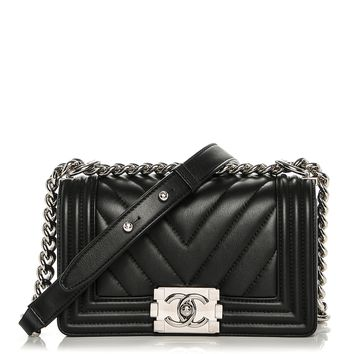 CHANEL Calfskin Chevron Quilted Small Boy Flap Black