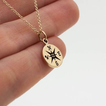 Compass Necklace - Tiny Gold Compass Pendant . 14K Gold Filled Chain . Gift Ideas for Her, Graduation, Achievements . World Traveler