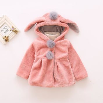 2017 New Baby Girl Hooded Coat Winter Warm Coat Hooded Faux Wool Fur Infant Newborn Clothing Clothes Girls Jackets