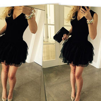 Black Sleeveless V-neck Gauze Dress