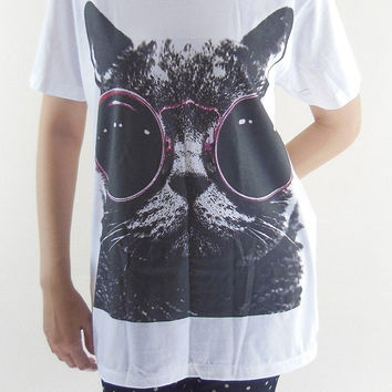 CAT RED Glasses T-Shirt -- Cat T-Shirt Cat Shirt Animal Shirt White Shirt Women T-Shirt Men T-Shirt Unisex T-Shirt Short Sleeve Shirt Size L