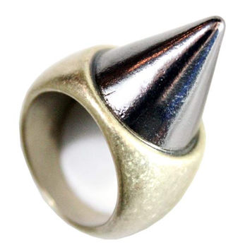 Spike Heavy Metal Ring (Size 6.5)