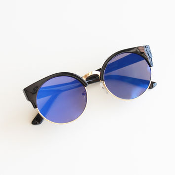 True Blue Sunnies