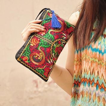 Women Retro Boho Ethnic Embroidered Wristlet Clutch Bag Handmade Purse Wallet Storage Bags