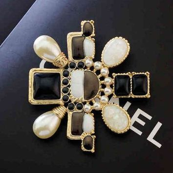 Chanel Women Fashion Logo Pearl Crystal Brooch