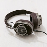 Master & Dynamic MH40 Headphones | Urban Outfitters