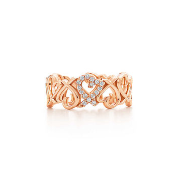 Tiffany & Co. - Paloma Picasso®: Loving Heart Band Ring in 18k rose gold with round diamonds