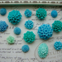 15 Blue Flower Magnets, Teal Flower Magnets, Turqoise Flower Magnets, Decorative Magnets, Floral, Kitchen Fridge Magnets, Home Office