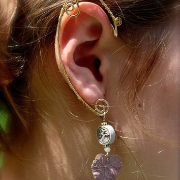 Pair of Golden Colored Elf Ear Cuffs with brass leaves and tree of life pendant, Renaissance, Elven, Hobbit, Elf, Fantasy Ear Wraps