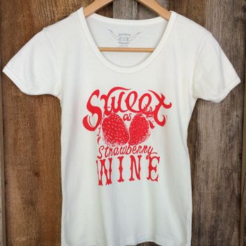 Sweet As Strawberry Wine 70's Tee White/Red | Bandit Brand General Store