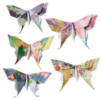 20 Small Swallowtail 3D Origami Butterflies by PullingPetals