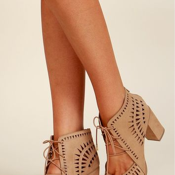 Cut It Out Lace Up Heel Natural
