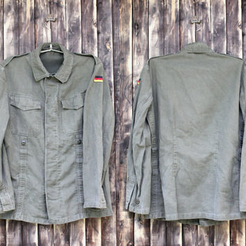 Vintage man's German army shirt field jacket military shirt olive green canvas jacket military  jacket camo army shirt Halloween costume