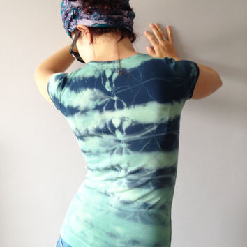 Tie Dye Indigo Blue T-shirt Size XS Hand Dyed in Pastel Green Unique Shibori Women Top Vegan Upcycled Outfit One Of A Kind Cotton Shirt
