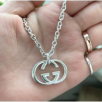 GUCCI Popular Women Men Classic Double G Pendant Necklace Simple Collarbone Chain Silvery Accessories Jewelry I12311-1
