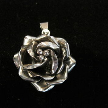 Gorgeous Hand Made Mexico 925 Sterling Silver 3D flower Pendant Signed JCC