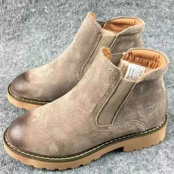 Autumn and Winter Boots Snow Boots for Women and Men Martin UGG Boots Khaki