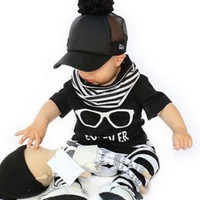 Hot selling  baby boy clothes set short-sleeved Tshirt + stripe pants