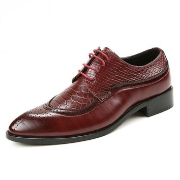 Italian Designer Red Brogue Shoes pointed toe Leather Lace Up Men Formal Dress Party Office Wedding shoe