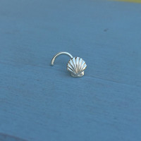Seashell Nose Stud - Solid Sterling Silver - Nostril Jewelry Nose Piercing